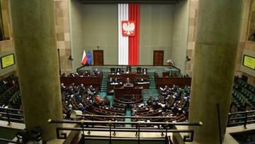Ustawa o walce z Covid-19 i wybór RPO. Kolejny dzień prac Sejmu [OGLĄDAJ]