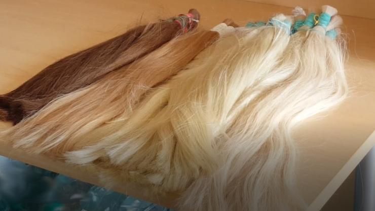 Próba przemytu... włosów. Ważyły prawie pięć kilogramów