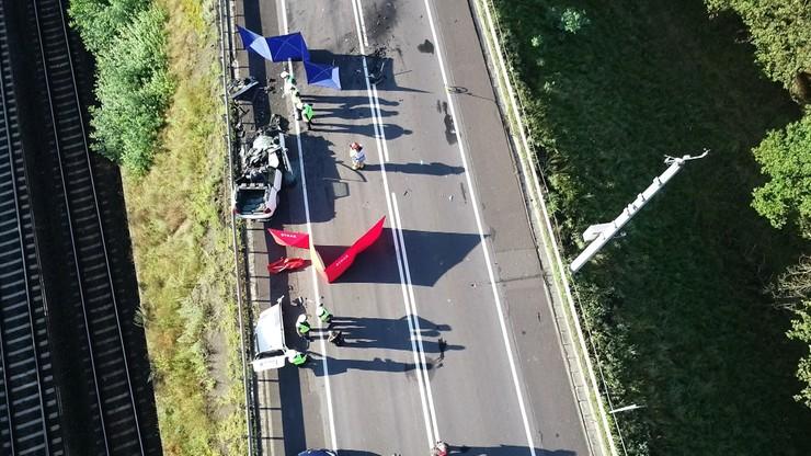 Tragiczny wypadek w Wielkopolsce. Dwie osoby nie żyją, siedem jest rannych