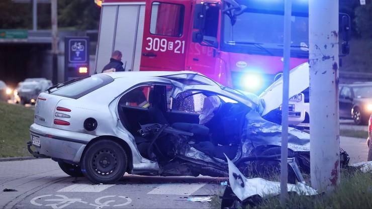 Groźny wypadek w Łodzi. Ucierpiało troje dzieci, kierowca był pijany
