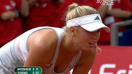 C. Wozniacki (DEN) vs  J. Zheng (CHN)