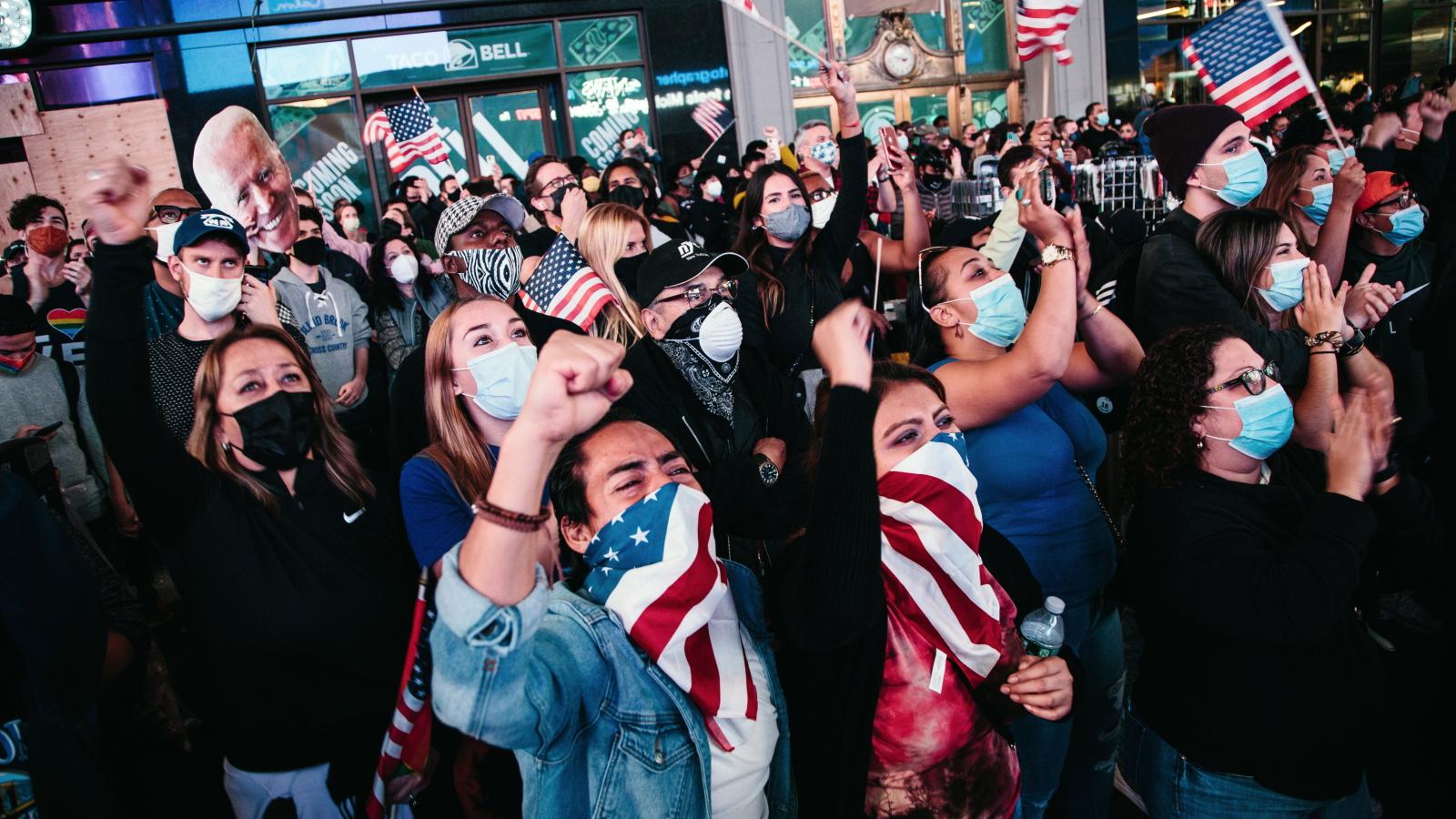 Zwolennicy Joe Bidena świętowali na ulicach