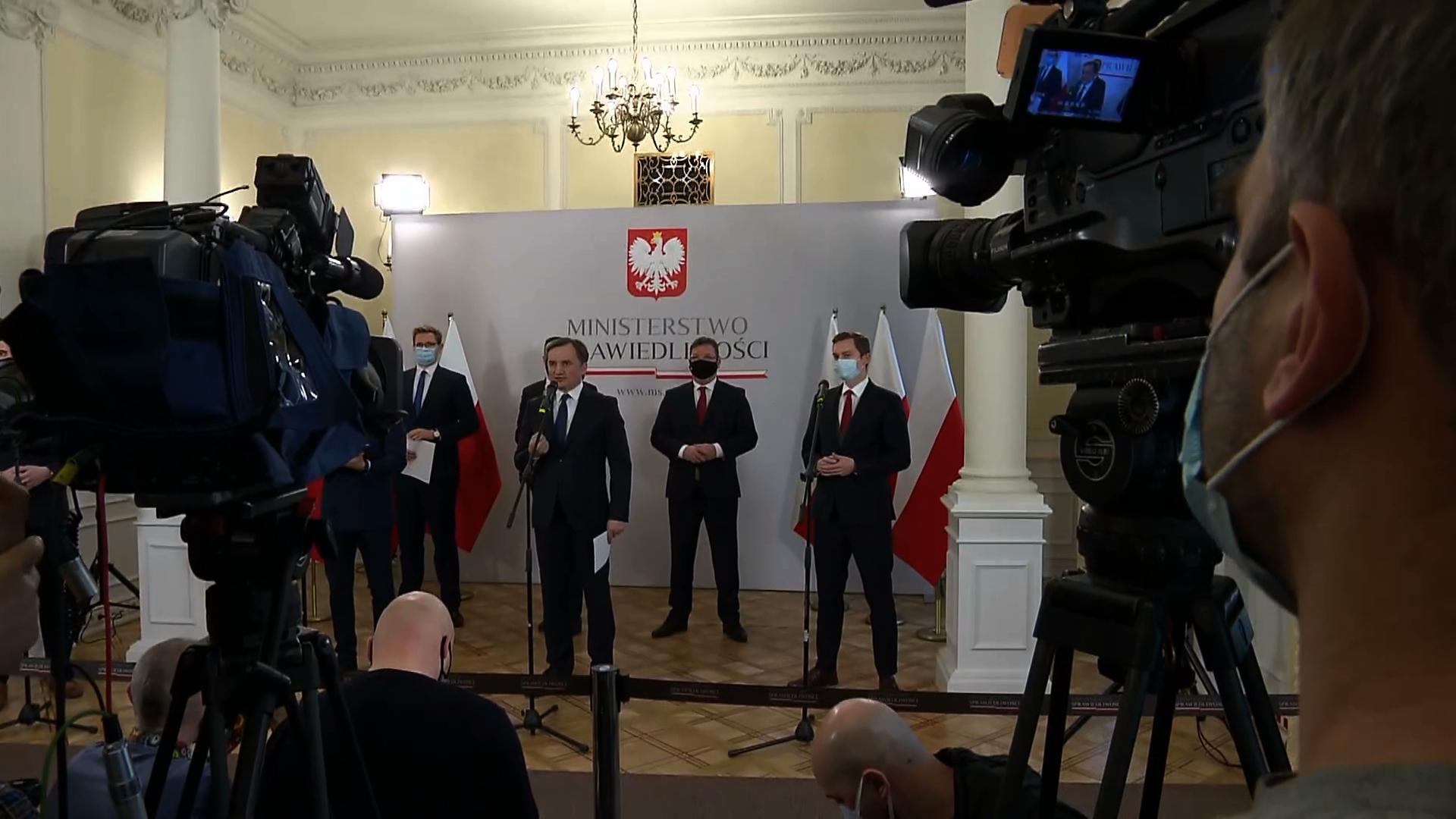 Zbigniew Ziobro wzywa do zawetowania unijnego budżetu