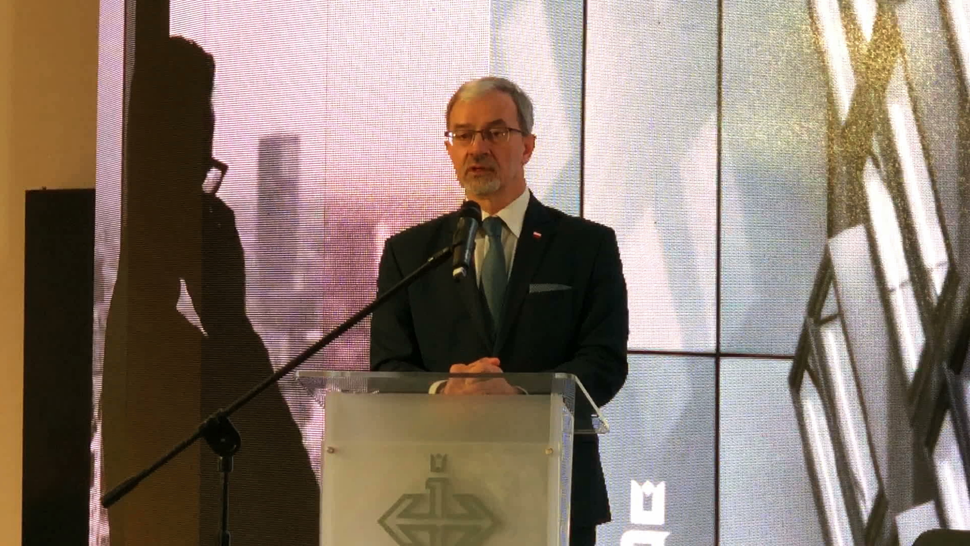 Minister Kwieciński: idzie spowolnienie na świecie, spowolnienie w UE