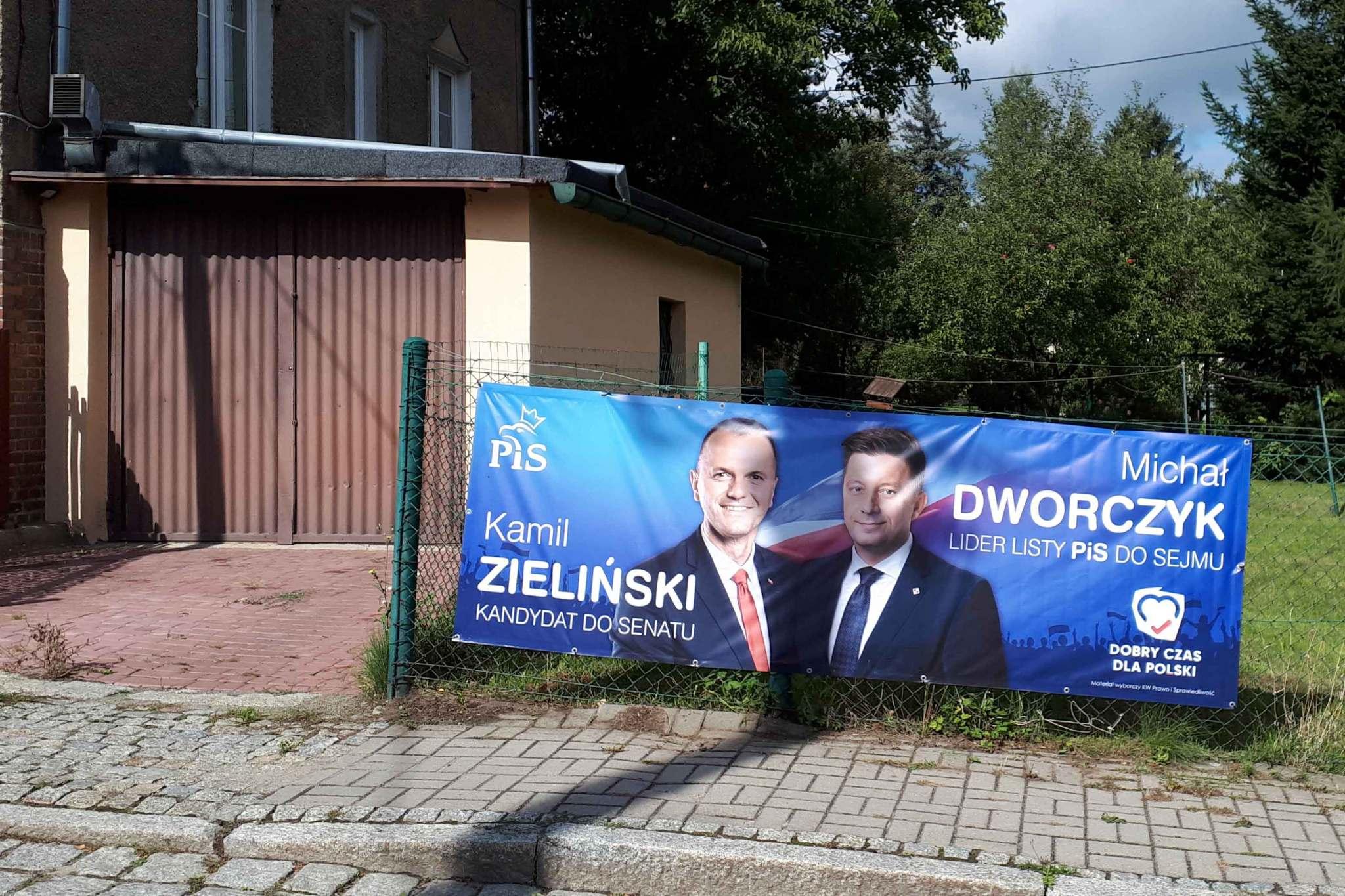 Materiał wyborczy promujący kandydatury Michała Dworczyka i Kamila Zielińskiego