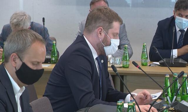 Cieszyński na posiedzeniu w sprawie afery mailowej
