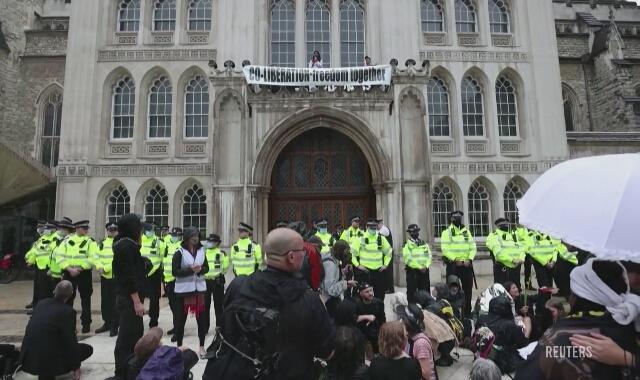 Protest w Wielkiej Brytanii przeciwko zmianom klimatu