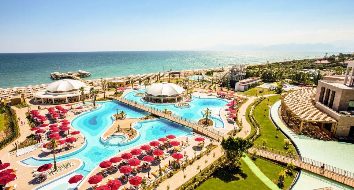 Kaya Palazzo Golf Resort Riwiera Turecka Turcja Opis Hotelu