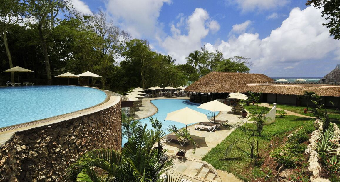 Pakiet Baobab Beach Resort + SAFARI Taita Hills 4* 10/11 - Kenia